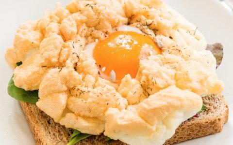 easy cloud eggs recipe on toast