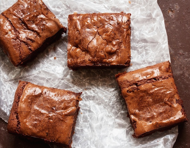 super easy 3 ingredient nutella brownies