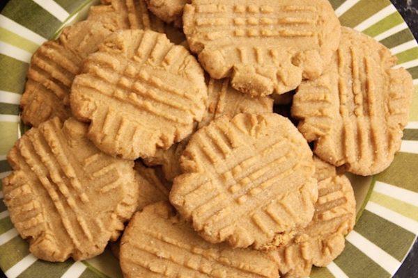 Flour-less 3 Ingredient Peanut Butter Cookies