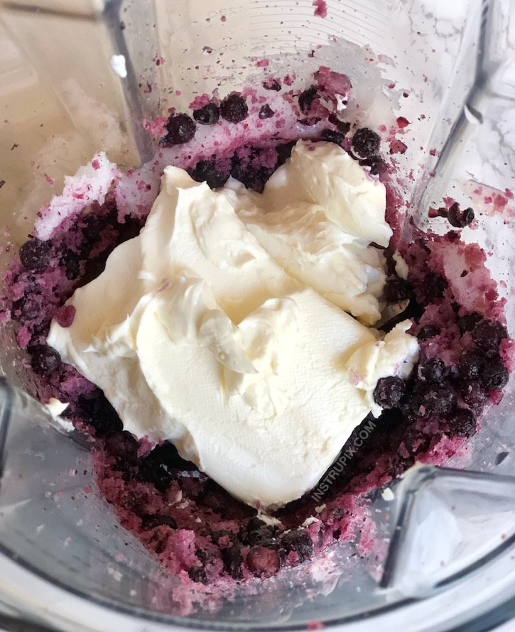 Blueberry Cheesecake Fat Bombs   The best keto and low carb dessert recipes! No bake, low carb, ketogenic and yummy.