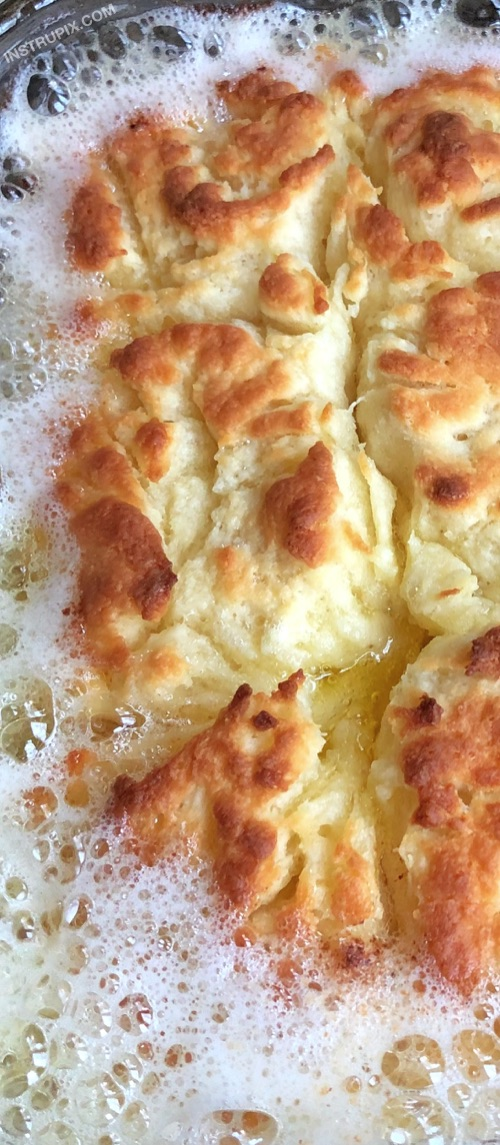 Quick and easy homemade biscuits recipe! It takes just a handful of ingredients to make these delicious butter swim biscuits-- easier than drop biscuits! They are the BEST addition to breakfast, lunch or dinner! | Instrupix.com