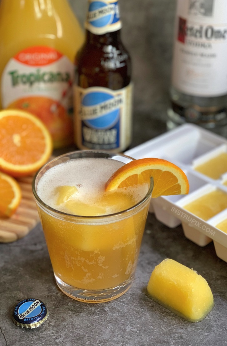Screwdriver Cubes and Blue Moon (Plus 5 more fun ideas!) -- An easy alcoholic drink recipe idea for summer! Pool party, anyone? #instrupix #drinkrecipes