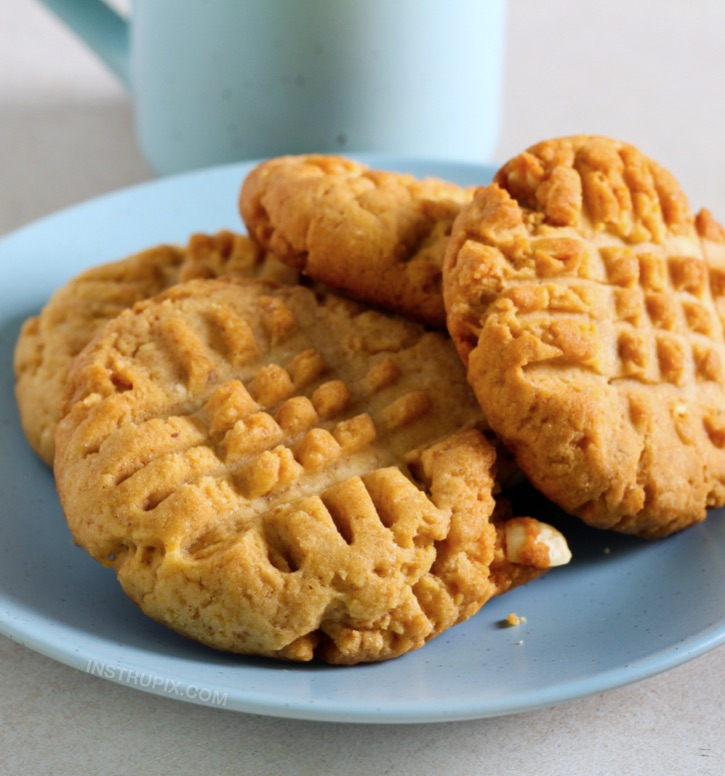 Quick and Easy 3 Ingredient Peanut Butter Cookies -- The BEST low carb dessert recipe for beginners! So simple to make with ingredients you probably already have on hand.