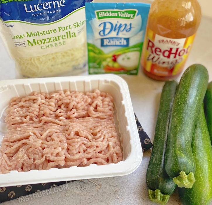 Buffalo Chicken Zucchini Boats Rezept mit nur 5 einfachen und billigen Zutaten!  Keto, Low Carb und gesunde Dinner-Idee.