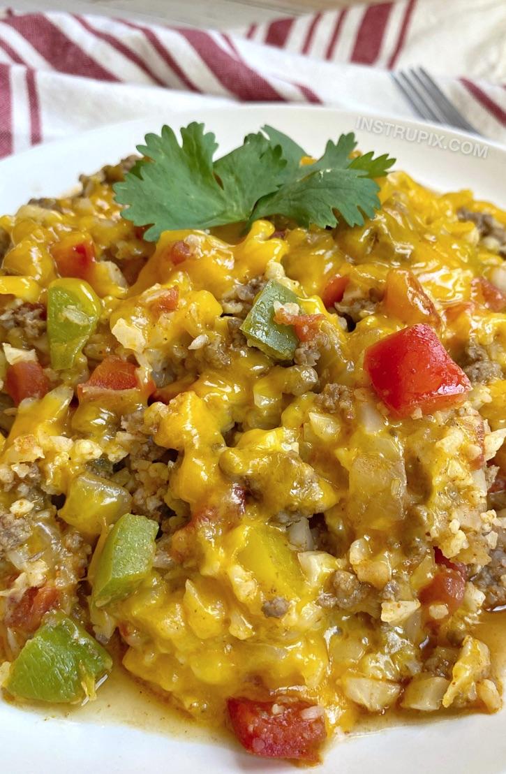 Einfache Ketomahlzeiten mit Rinderhackfleisch!  Low Carb Cheesy mexikanisches Rindfleisch & Reis Rezept