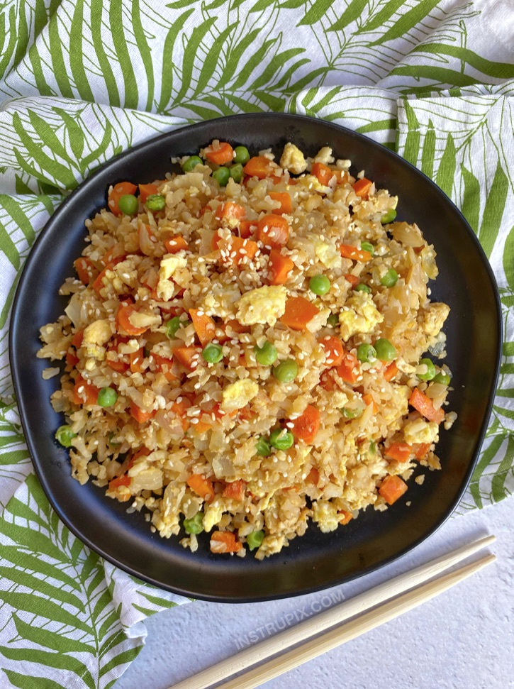 Keto Cauliflower Fried Rice Recipe - A quick and easy healthy low carb dinner recipe!