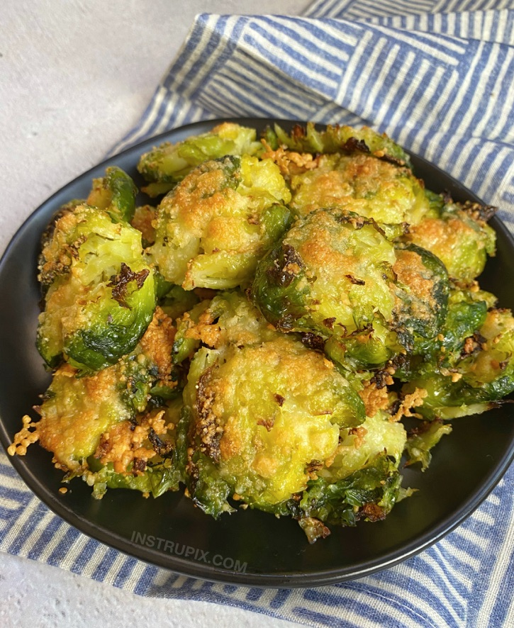 Crispy Smashed Brussels Sprouts Recipe (With Garlic & Parmesan Cheese)